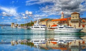 Trogir port